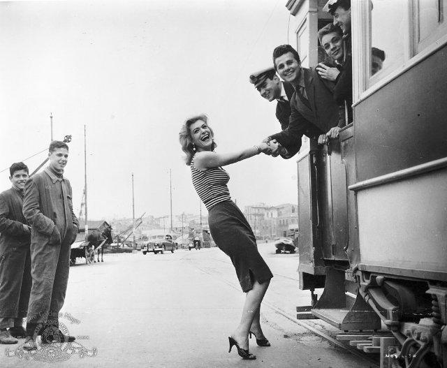Melina Merkouri's Ilya on the set of Jules Dassin's Never on Sunday (Pote tin Kyriaki, 1959)